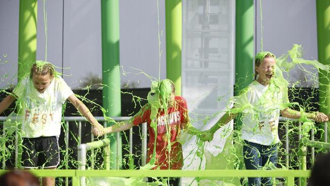 Pitbull Bebe Rexha T Pain To Headline Nickelodeon SlimeFest This Summer In Chicago