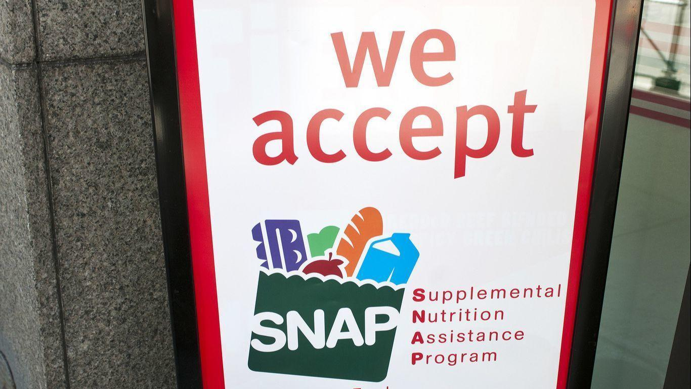 Delays In Processing Food Stamp Applications Land Illinois Hot Water With The Feds