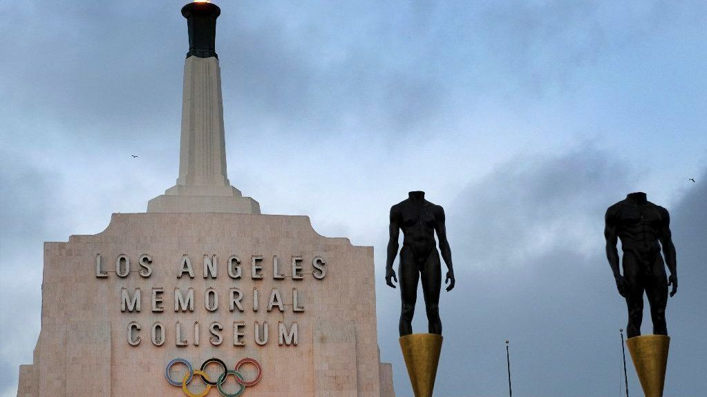'United Airlines Memorial Coliseum' would dishonor L.A.'s WWI war dead