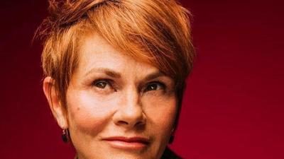 Shawn Colvin brings her stories and songs to Hampton