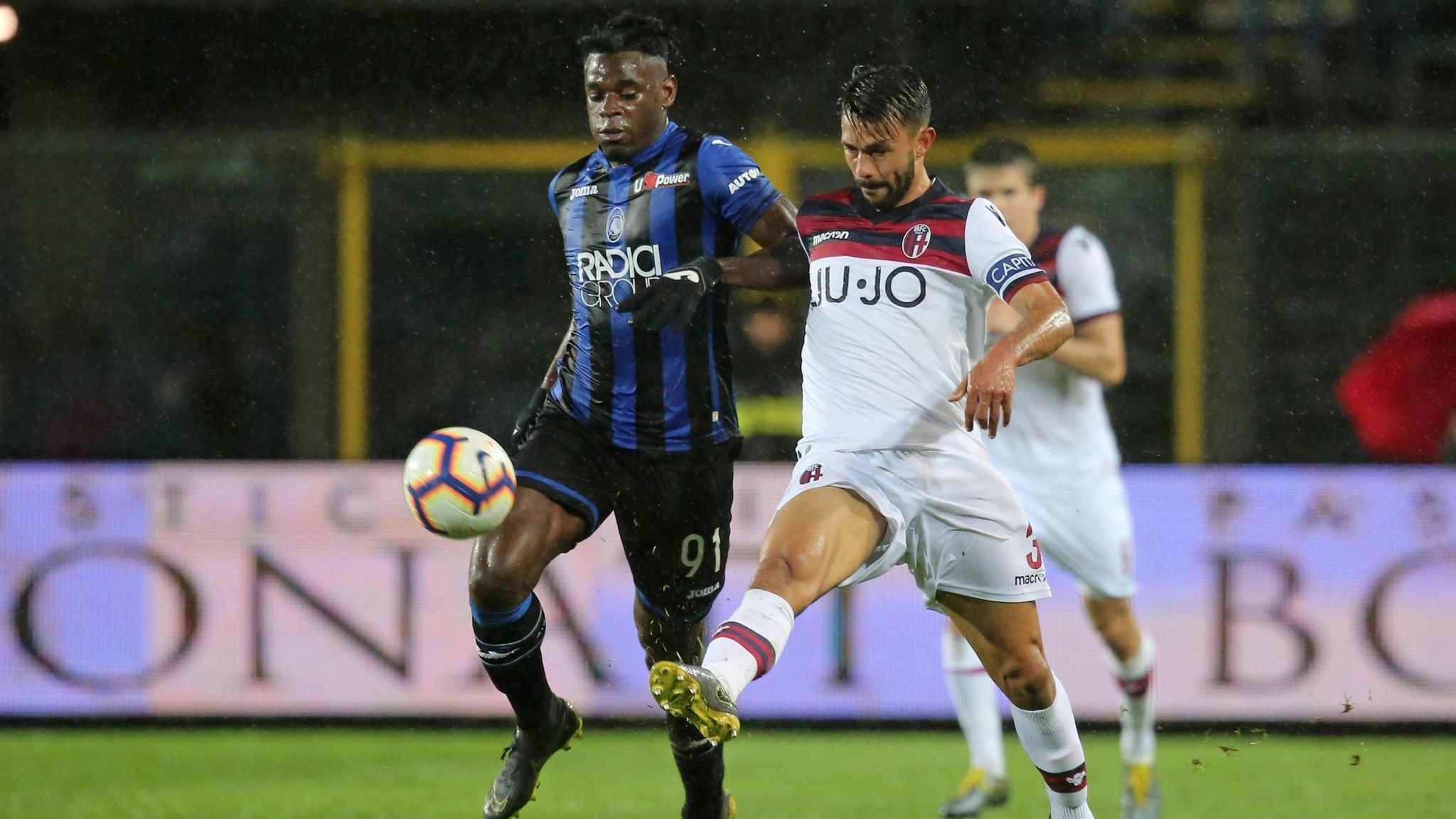 Galaxy acquire Giancarlo Gonzalez from Italy's Bologna