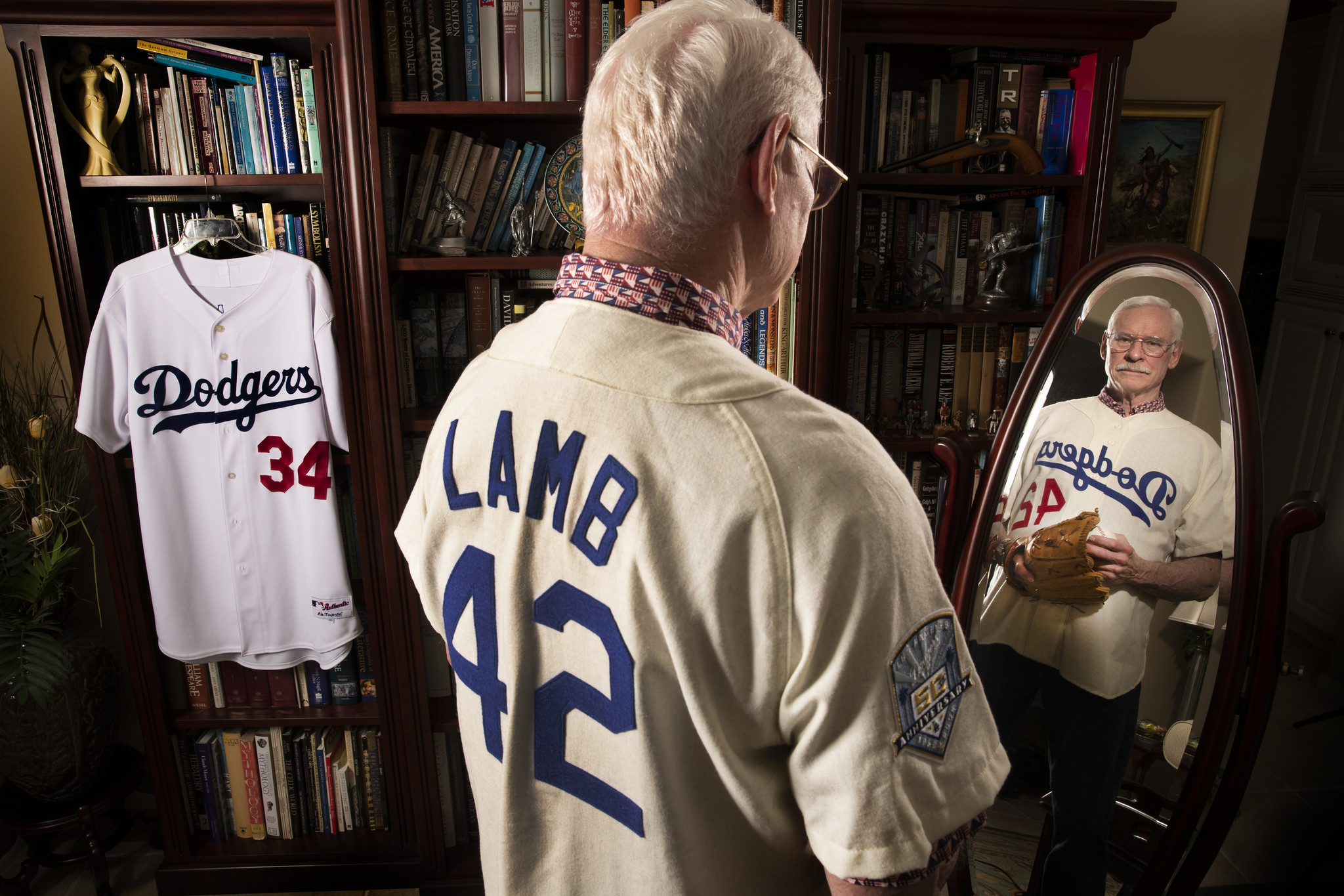 Meet Ray Lamb, the last Dodger to wear Jackie Robinson's No. 42 — by mistake