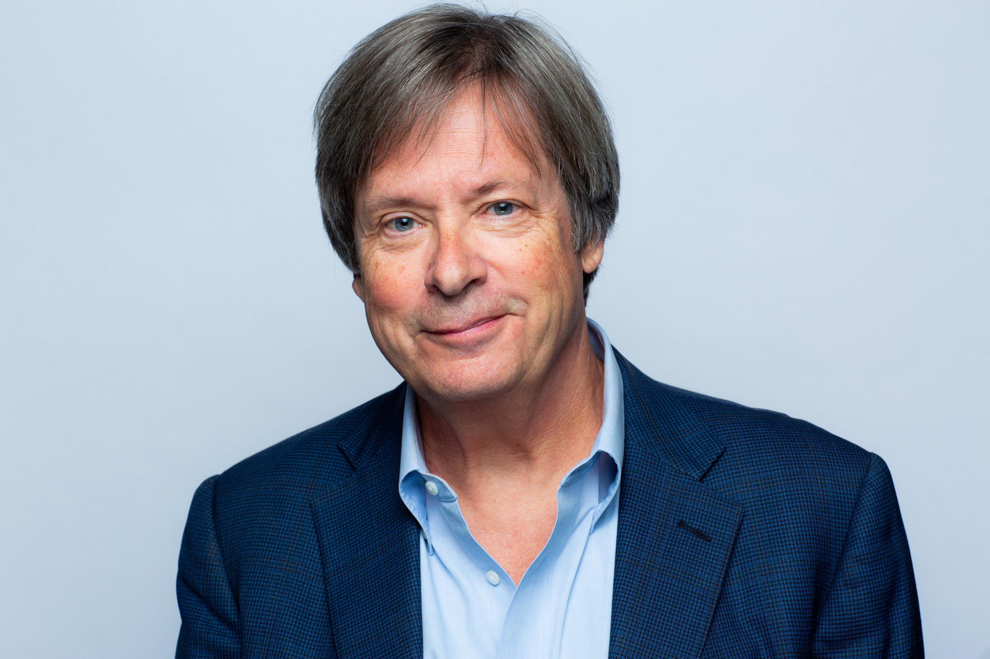 Dave Barry brings humor and dog wisdom to the Festival of Books