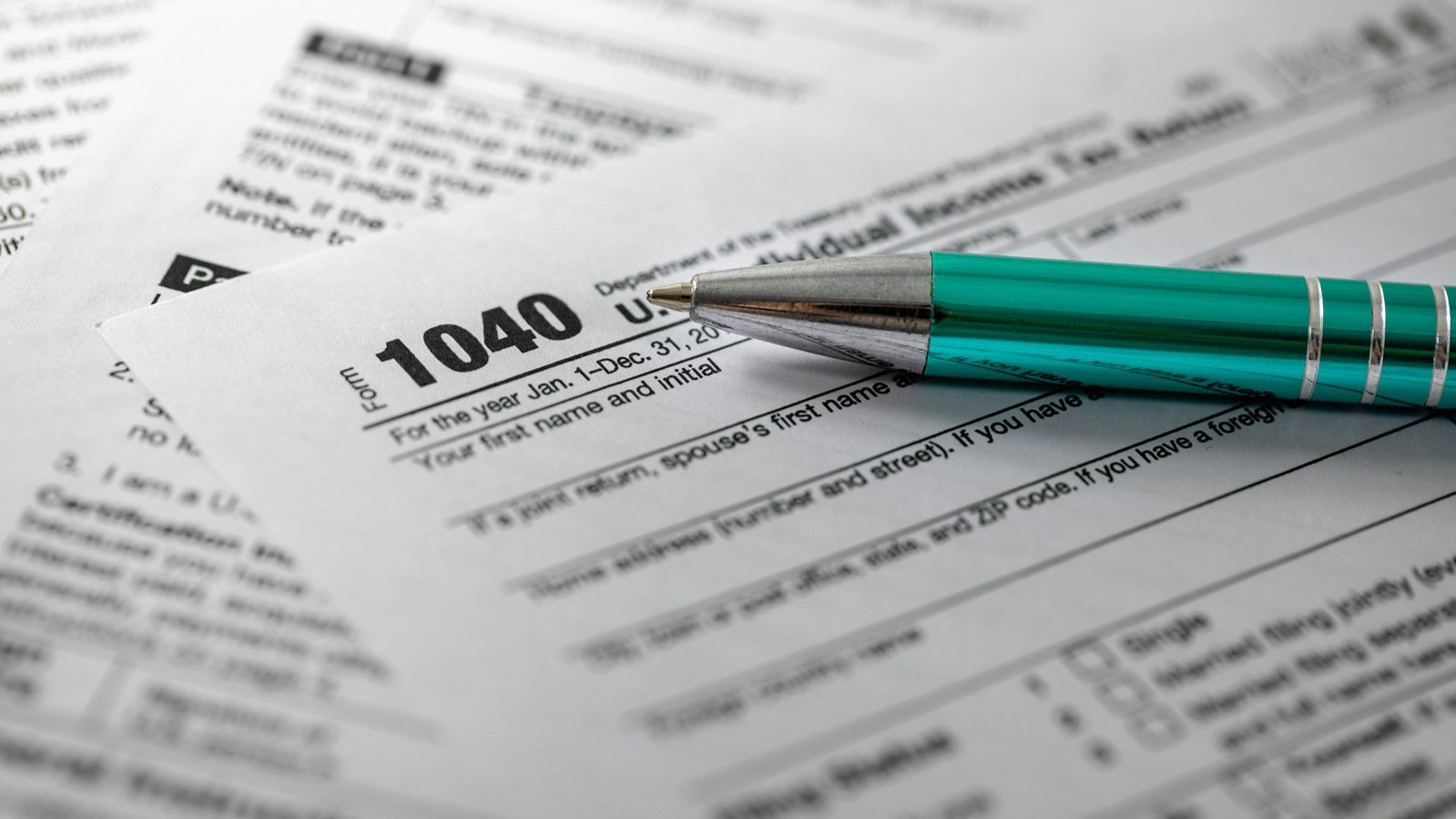 Today is April 15. If you can't file (or pay) taxes by midnight, here's what to do.