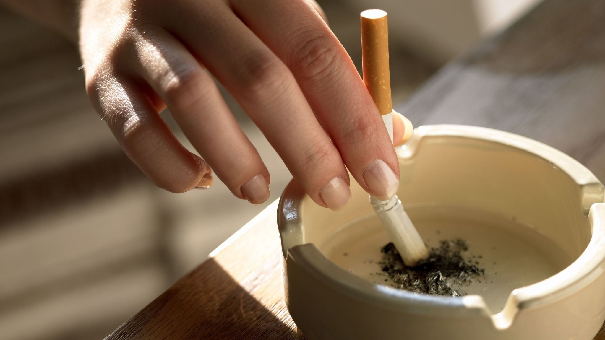 Good smells might lessen tobacco cravings