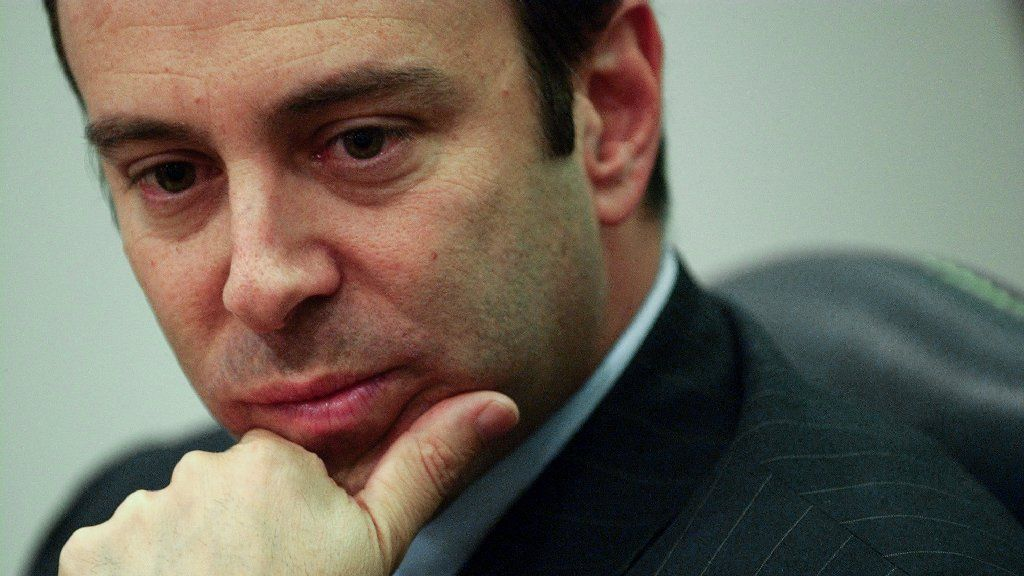 Sears sues former CEO Edward Lampert, claiming he stripped $2 billion in assets as it headed to bankruptcy