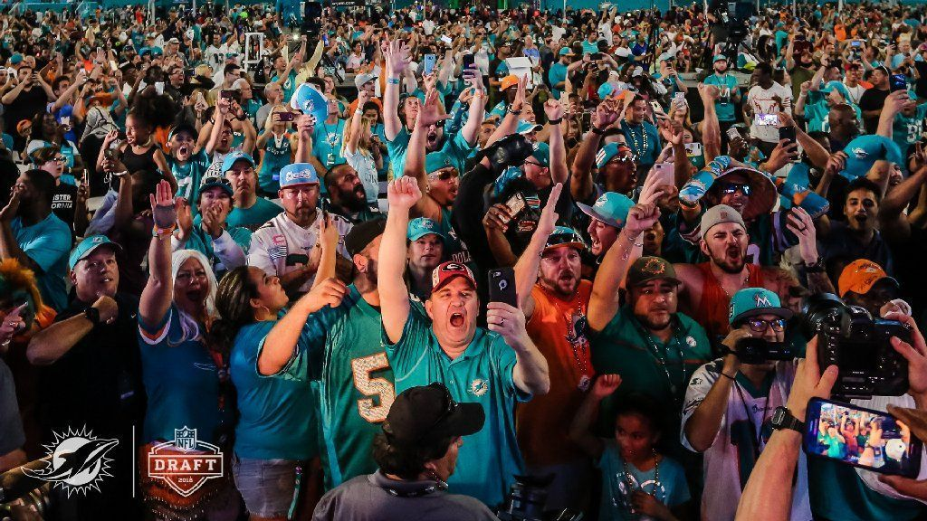 Miami Dolphins throwing a free NFL draft party for Dolfans