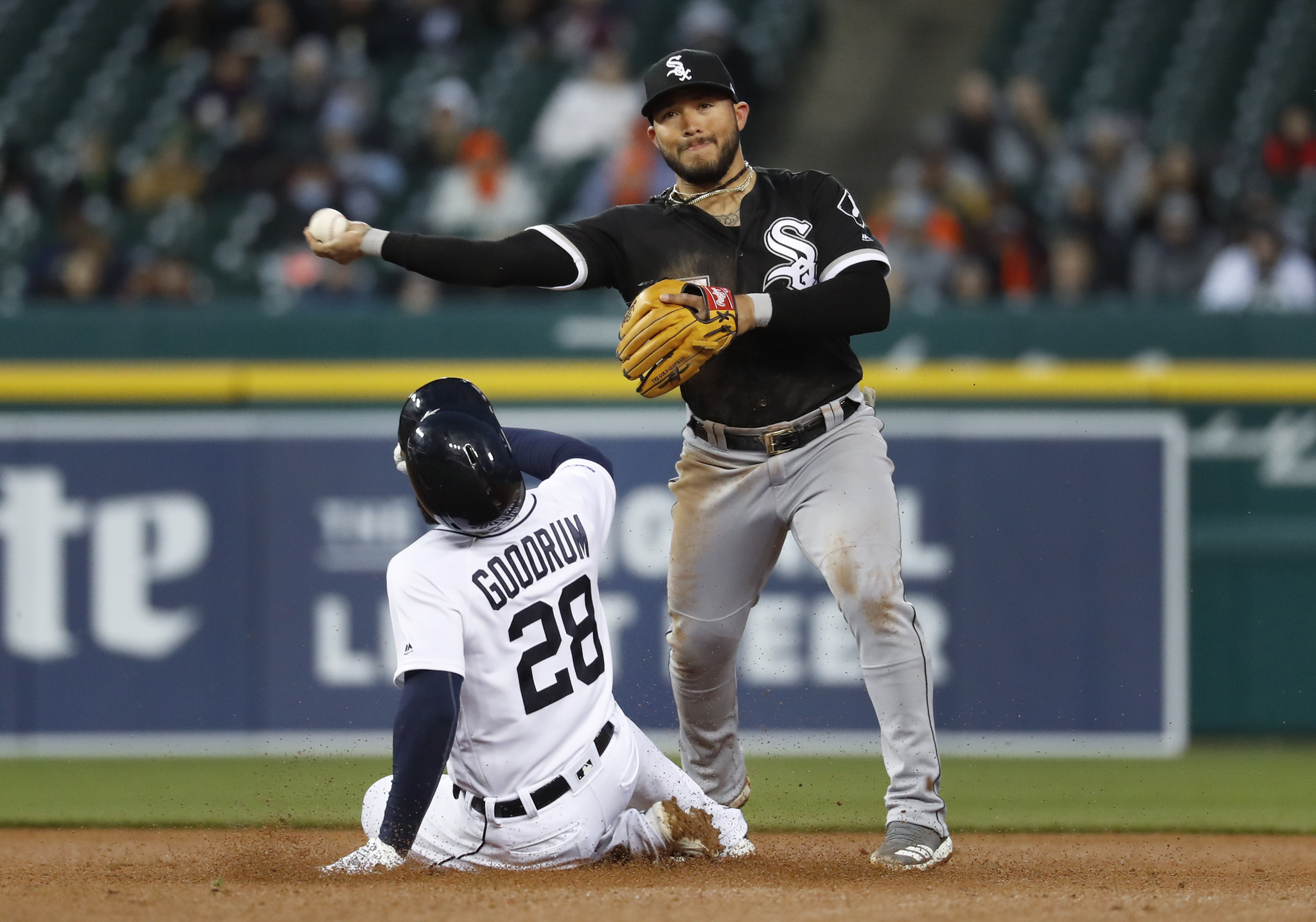 White Sox 7, Tigers 3