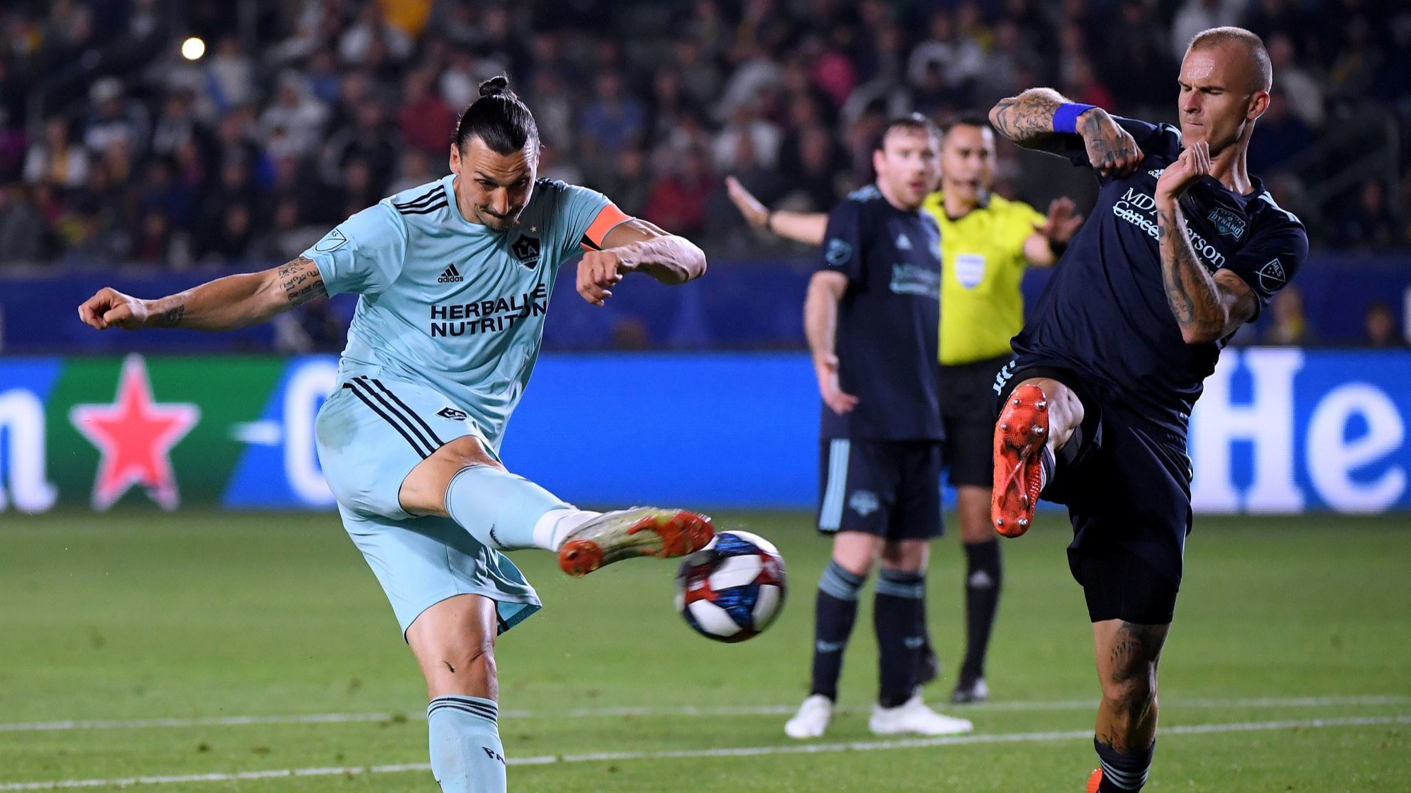 Zlatan Ibrahimovic's goal and a big save by David Bingham is enough for Galaxy in win over Dynamo