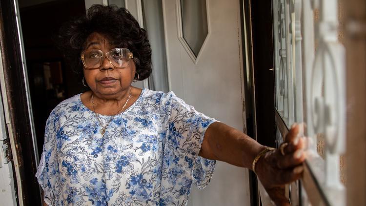 Valdora Winston, 82, at home in Auburn Gresham neighborhood in Chicago on Thursday, May 9, 2019. He