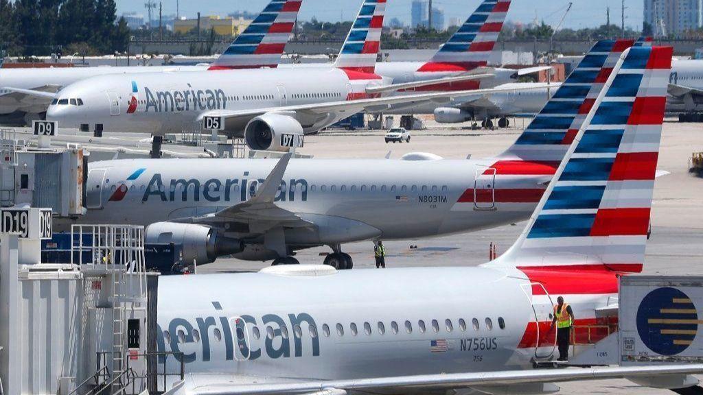 American Airlines sues unions, accusing mechanics of slowdown