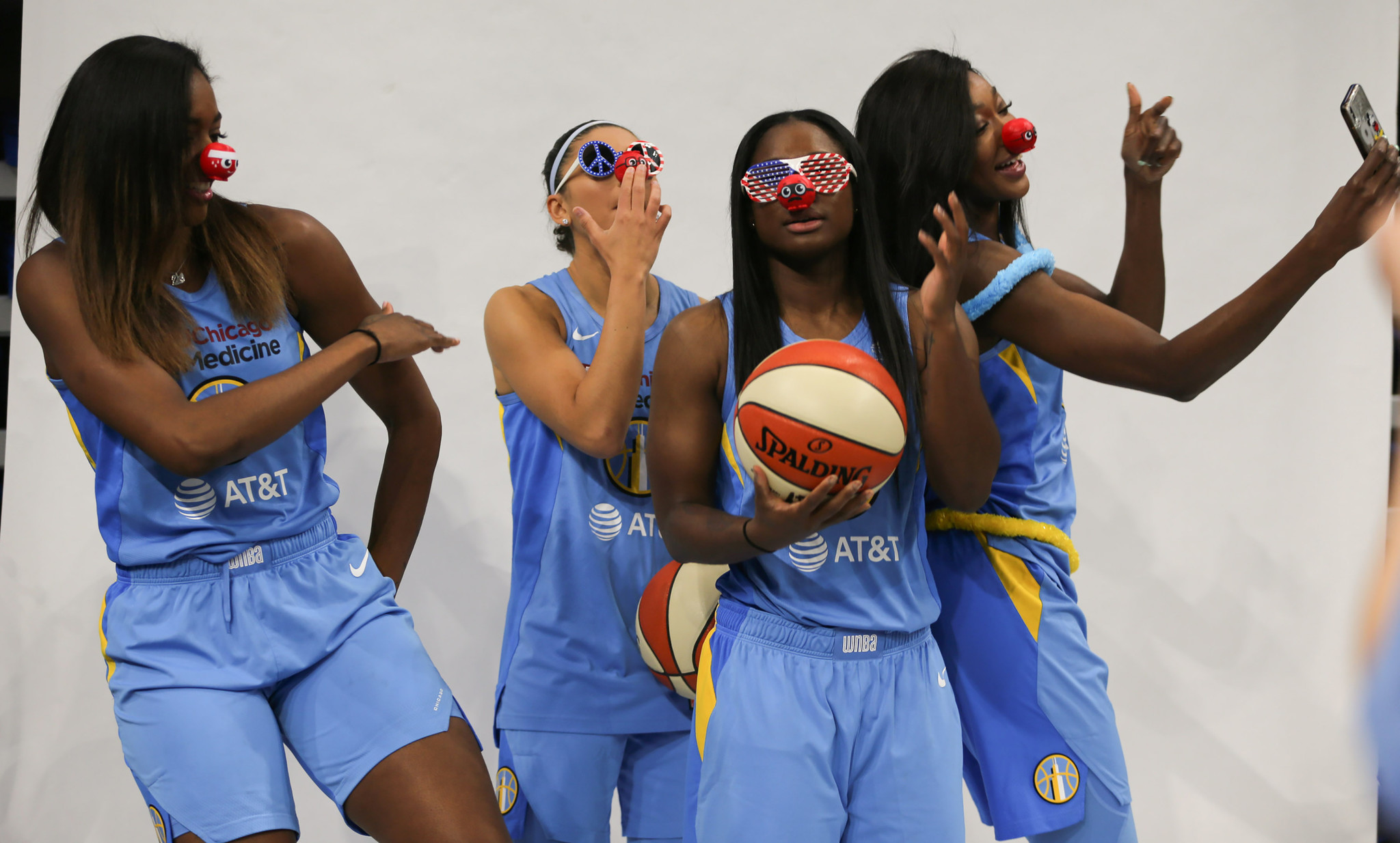 A behind-the-scenes look at Chicago Sky media day