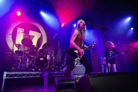 L7's Donita Sparks and Jennifer Finch perform with their band at the Metro on May 21, 2019.