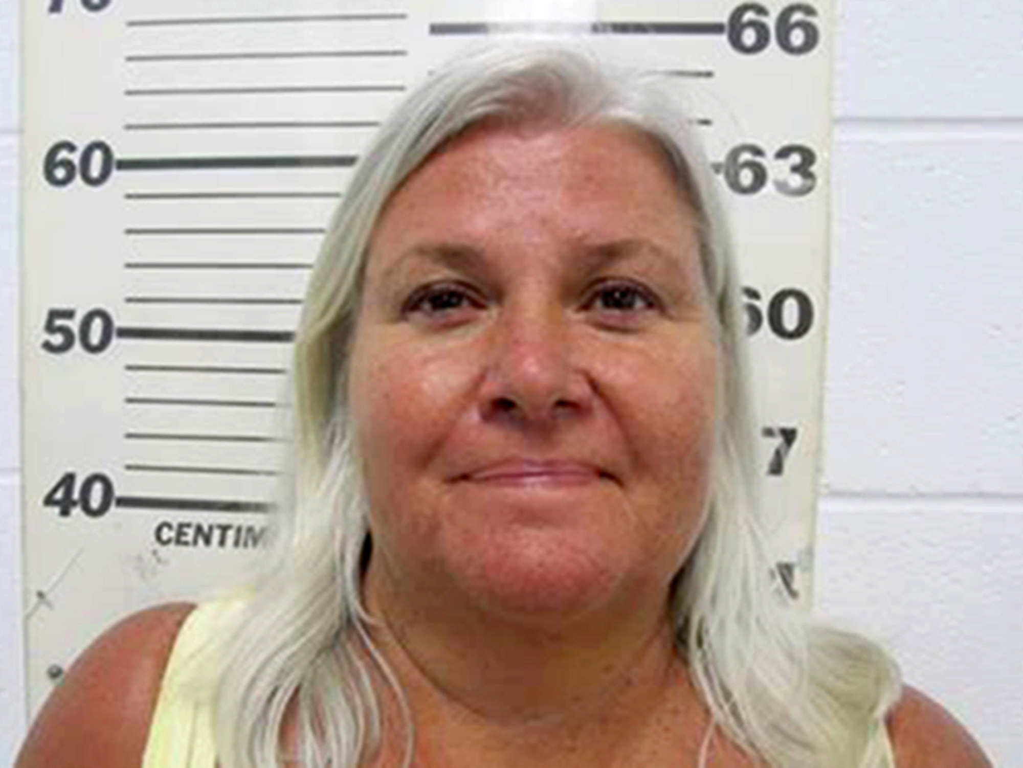 Minnesota woman accused of fatally shooting husband, fleeing to Florida and killing a woman there to steal her identity