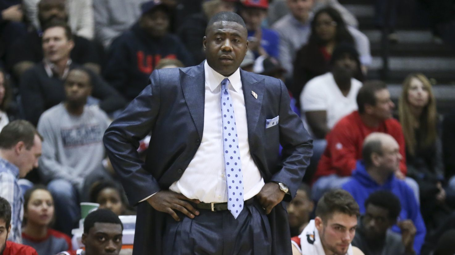 Wife and daughter of former UIC basketball coach Howard Moore killed in an auto accident in Michigan, report says