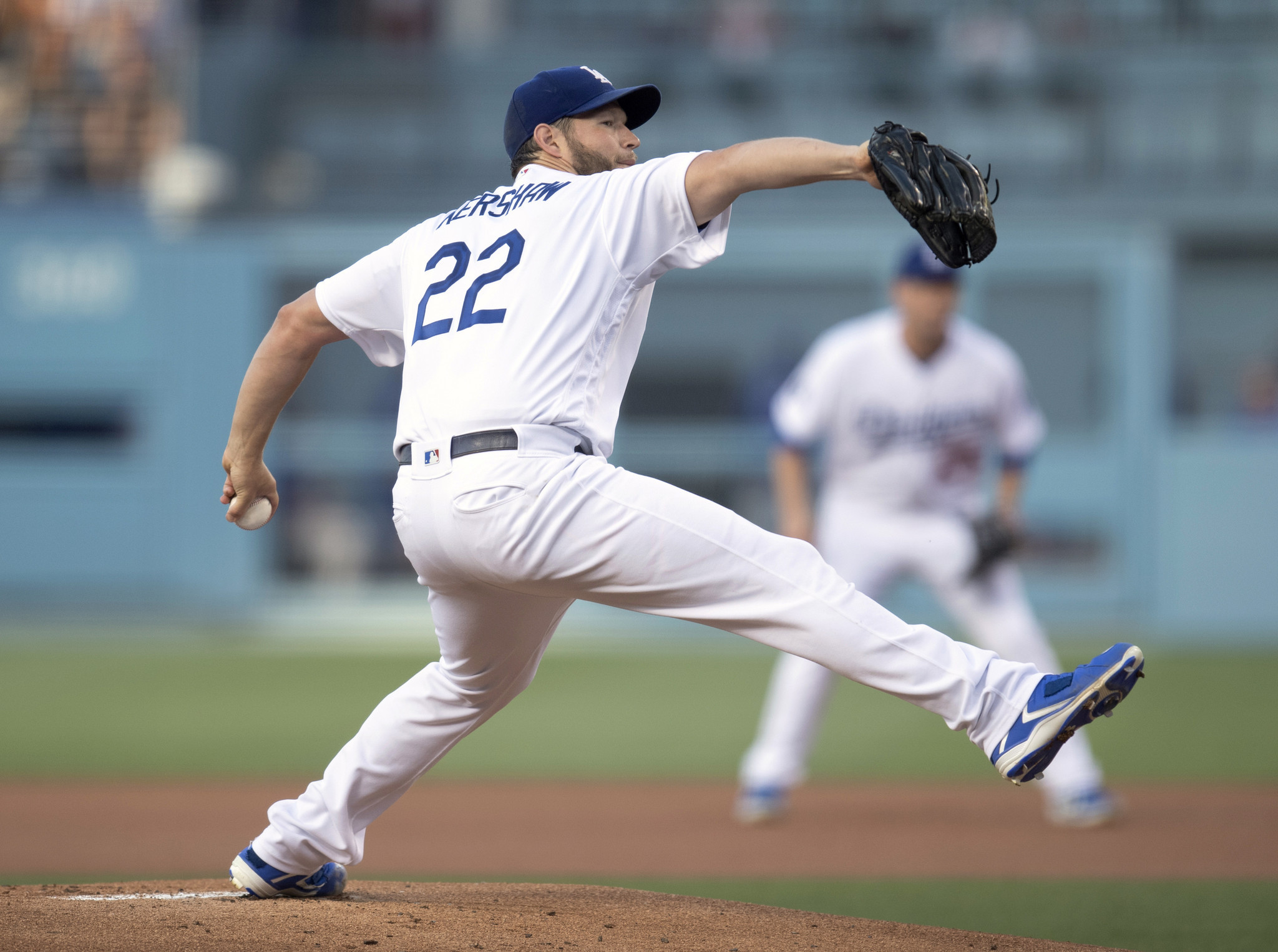 Dodgers pitcher Clayton Kershaw wins on grit and not power