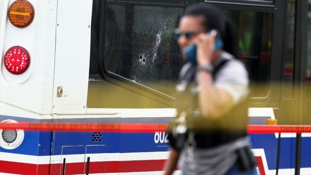 3 wounded when gunman opens fire on CTA bus on city's South Side, police say