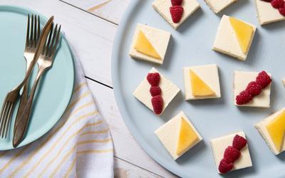 Creamy Labneh Lemon Bars