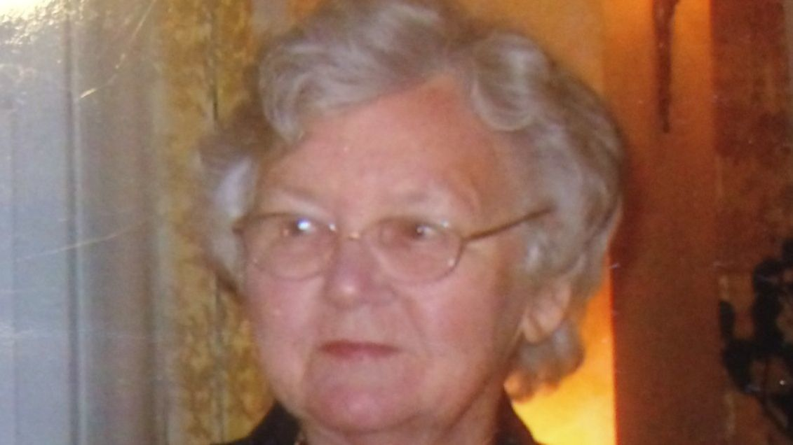 Jane B. Viele, whose 18th-century Harford County home was a 'must see' on house and garden tours, dies