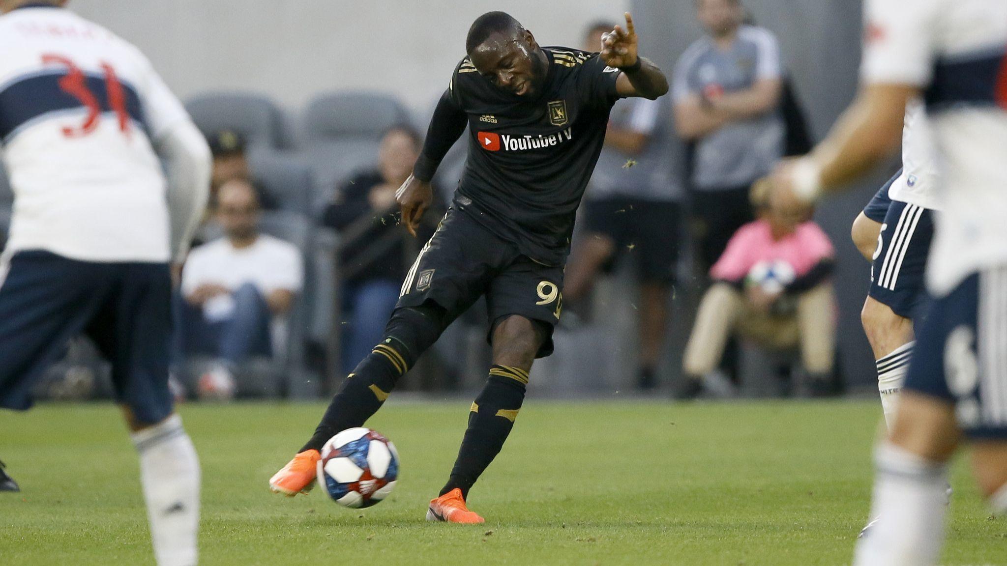 Adama Diomande scores twice as LAFC hands Dynamo first home loss
