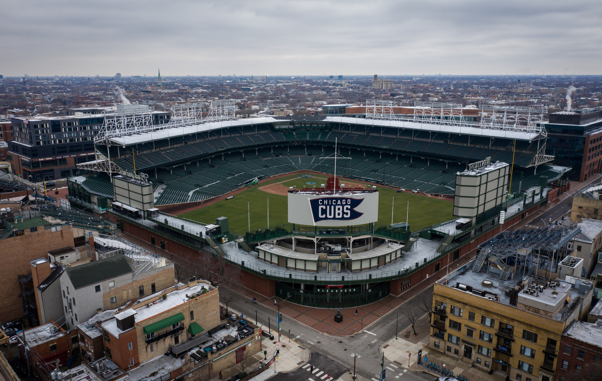 2 Cubs game-day employees test positive for the coronavirus