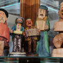 Accordion figurines
