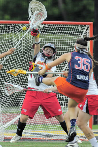 Maryland's Brittany Dipper can't stop a shot by Syracuse's Michelle Tumolo in the second half.