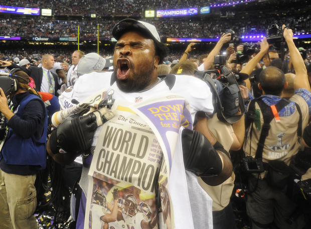 Bobbie Williams celebrates the Ravens' Super Bowl victory.