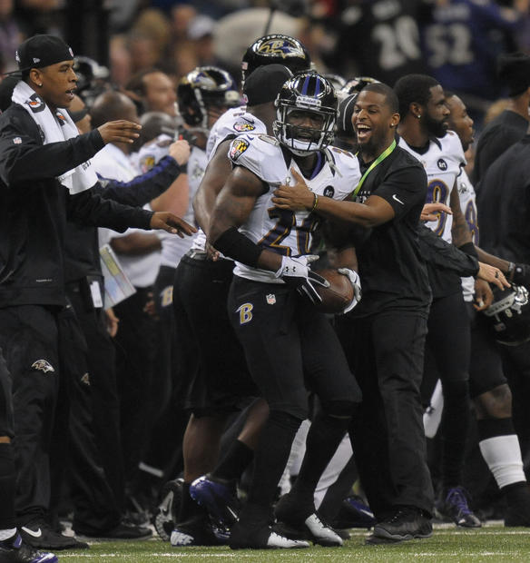 Ed Reed is congratulated after his second-quarter interception.