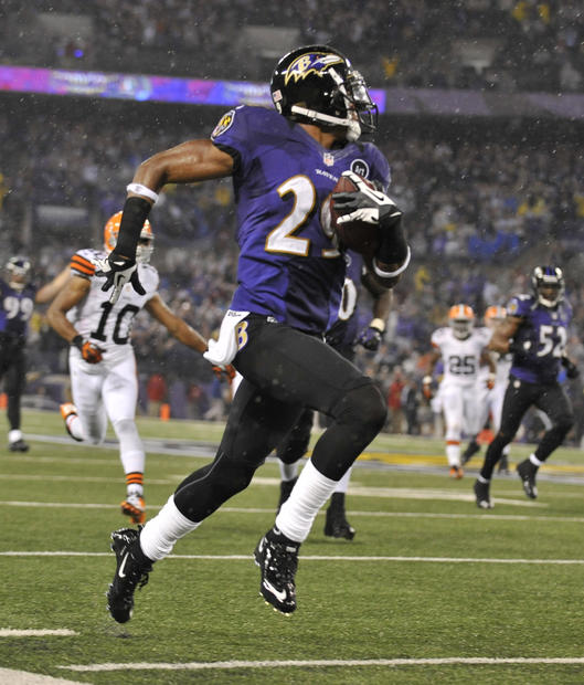 Ravens cornerback Cary Williams takes an interception back for a touchdown in the third quarter against the Cleveland Browns at M&T Bank Stadium.