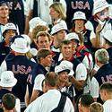 Michael Phelps enjoys closing ceremonies