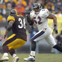 Ray Lewis pursues Jerome Bettis