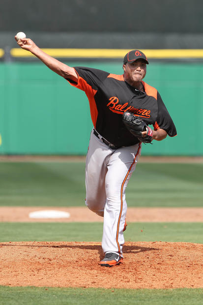 Orioles pitcher Alfredo Simon delivers against the Phillies in the fifth. He pitched three scoreless innings and has yet to give up a run this spring.