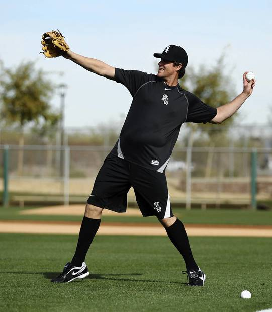 Matt Thornton works out during spring training at Camelback Ranch.