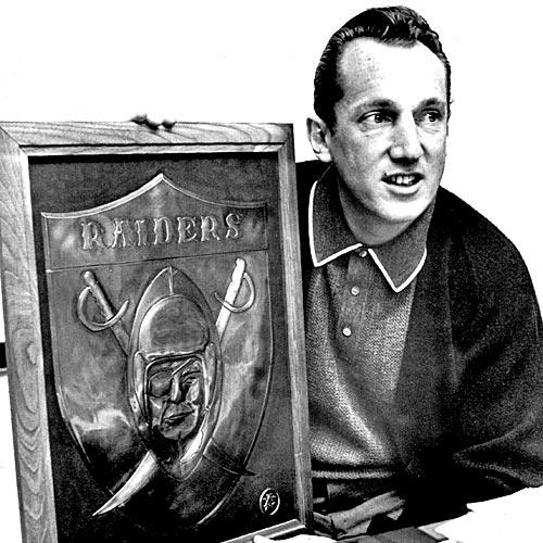 Al Davis is named American Football League's coach of the year in 1963, taking a team that was 1-13 the previous year and leading it to a 10-4 record.