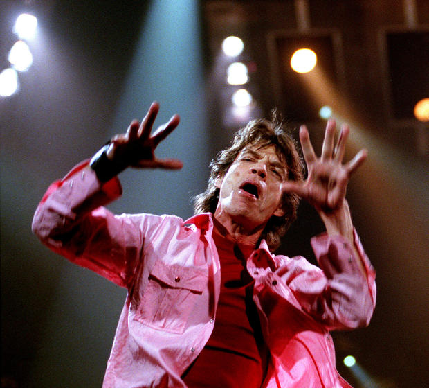 Mick Jagger performs at the Pond in Anaheim in 1999.