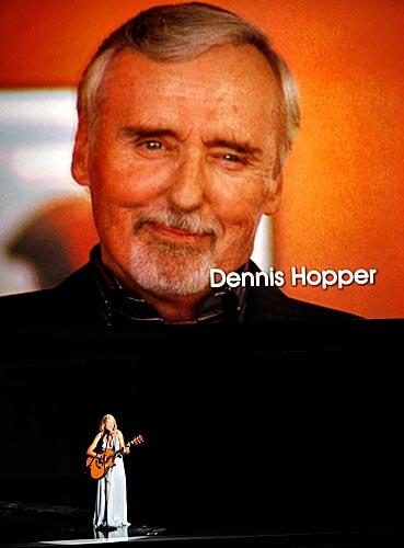 "The ""In Memoriam"" segment honored stars like Dennis Hopper and Jimmy Dean."