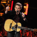 Hunter Hayes sings the nominations
