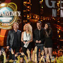 Little Big Town gives the newbies a shout-out