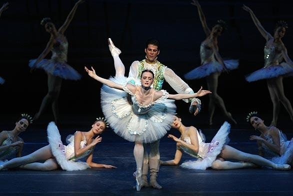 "Gillian Murphy and Marcelo Gomes in ABT's ""Sleeping Beauty."""