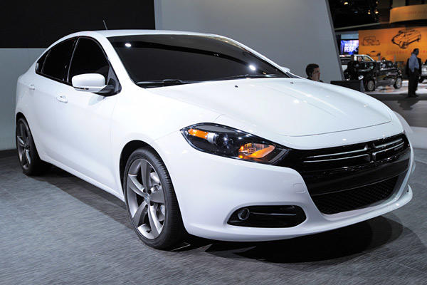 "After watching fellow U.S. automakers GM and Ford quickly learn to make world-class compact cars recently, Dodge and parent company Chrysler have joined in on the fun. The result is the 2013 Dodge Dart. <a href=""http://www.latimes.com/business/autos/la-fi-autos-detroit-dodge-dart-20120109,0,7038898.story"" style=""color: #2262cc;"">Full story</a>"