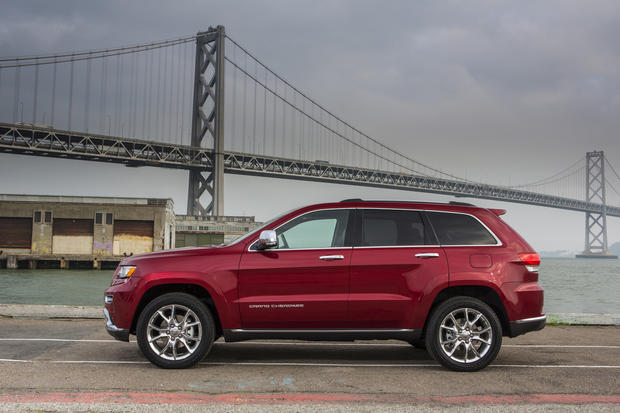 The 2014 Jeep Grand Cherokee will include the option of a diesel engine for the first time since the 2008 model year. Also, all 2014 Grand Cherokee models will come standard with an eight-speed automatic transmission.