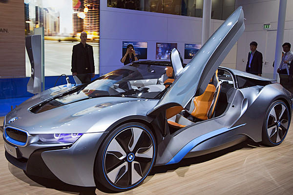 BMW will also bring to North America for the first time its i8 Concept Roadster.