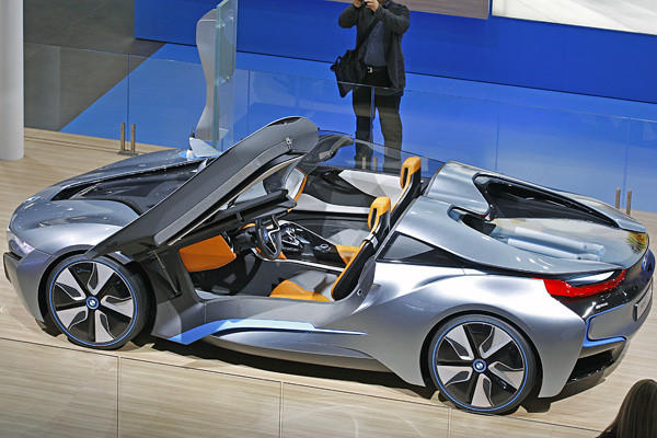 "It's based on the two-seat i8 coupe coming to market in 2014 (which made a cameo in the 2011 film ""Mission Impossible: Ghost Protocol"")."