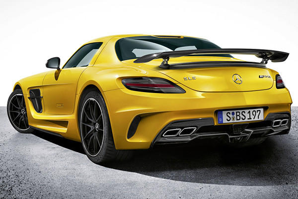 This SLS Black Series ups the ante by boosting the SLS GT's 583 horsepower to 622 horsepower, while torque actually drops from 479 pound-feet to 468 pound-feet.