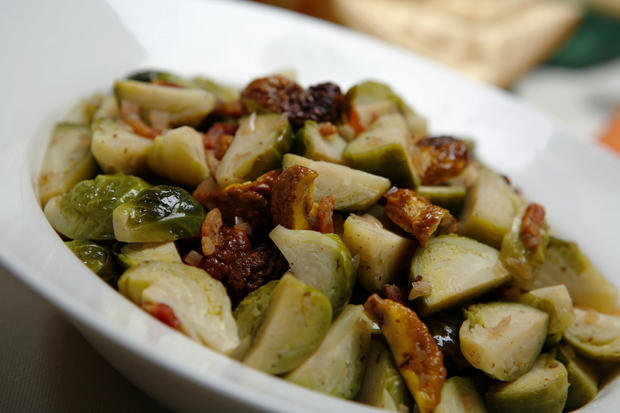 "Brussels sprouts braised with bacon and chestnuts are a robust addition to an autumn meal. <a href=""http://www.latimes.com/features/la-fo-calcookrec5a-2008nov05,0,3548215.story"" target=""_blank"">Click here for the recipe.</a><br> <br> <b>RELATED</b><br> <br> <a href=""http://www.latimes.com/features/food/thanksgiving/"">More holiday recipes from the L.A. Times Test Kitchen</a>"