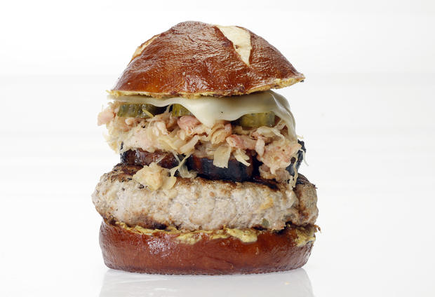 "This is one of the top-five winners in the L.A. Times Battle of the Burgers. <a href=""http://www.latimes.com/features/food/la-fo-burgerbattlerec1-20110622,0,6803139.story"" target=""_blank"">Click here for the recipe.</a>"