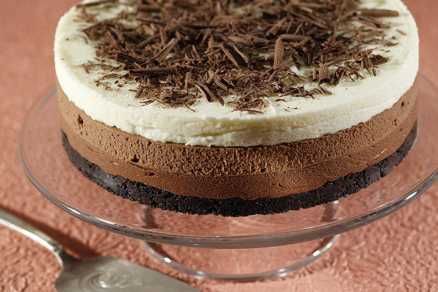 "<a href=""http://www.latimes.com/features/food/la-fo-sos-choctriotorte-20110602,0,1287833.story"" target=""_blank"">Click here for the recipe.</a>"