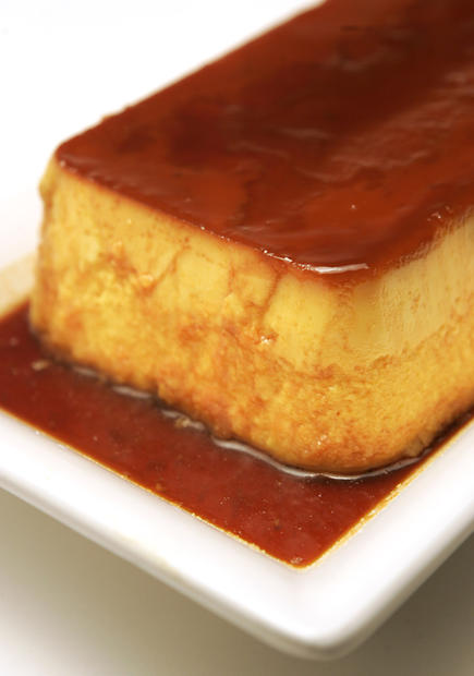 "<a href=""http://www.latimes.com/theguide/holiday-guide/food/la-fo-th3-cremecaramel,0,1794047.story"" target=""_blank"">Try something different for Thanksgiving dessert: a creme caramel made with Kabocha squash. Click here for the recipe.</a><br> <br> <b>RELATED</b><br> <br> <a href=""http://www.latimes.com/features/food/thanksgiving/"">More holiday recipes from the L.A. Times Test Kitchen</a>"