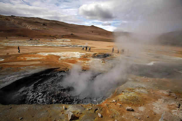 Caldera Krafla in northwest Iceland, a vast area of geothermal activity.